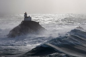 Haunted lighthouse of Tévennec, a short distance from Pointe du Raz in western Brittany, France. (Photo by Charles Marion. Courtesy of National Society of Heritage, Lighthouses and Beacons) Read more at http://www.inquisitr.com/2131573/haunted-lighthouse-of-tevennec-first-guest-in-100-years/#zupRCDGv0ayl14MD.99