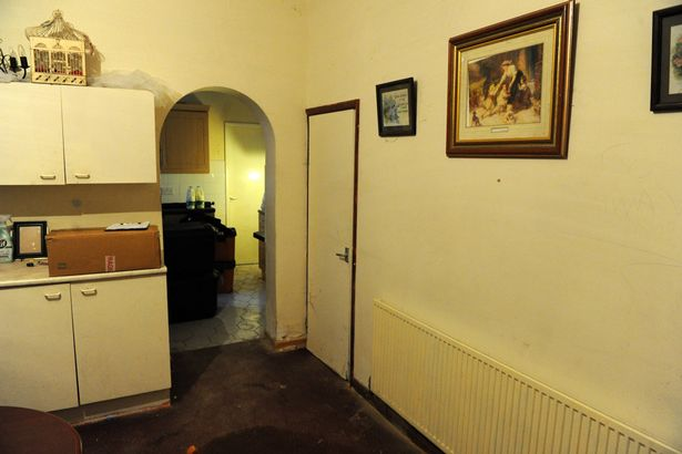 Pay-Hull-Haunted-House